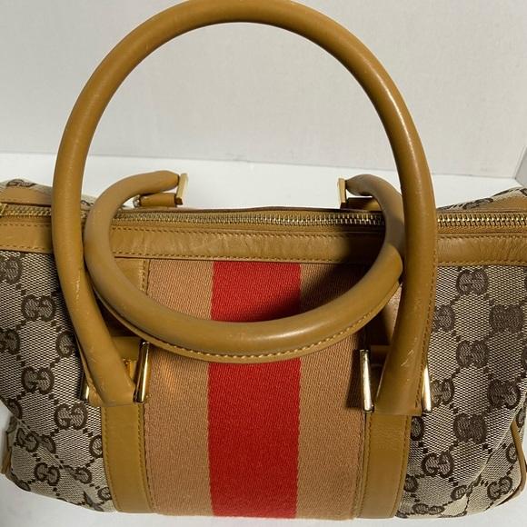 Gucci Handbags - 💯 Authentic Vintage Gucci Boston Bag 👜